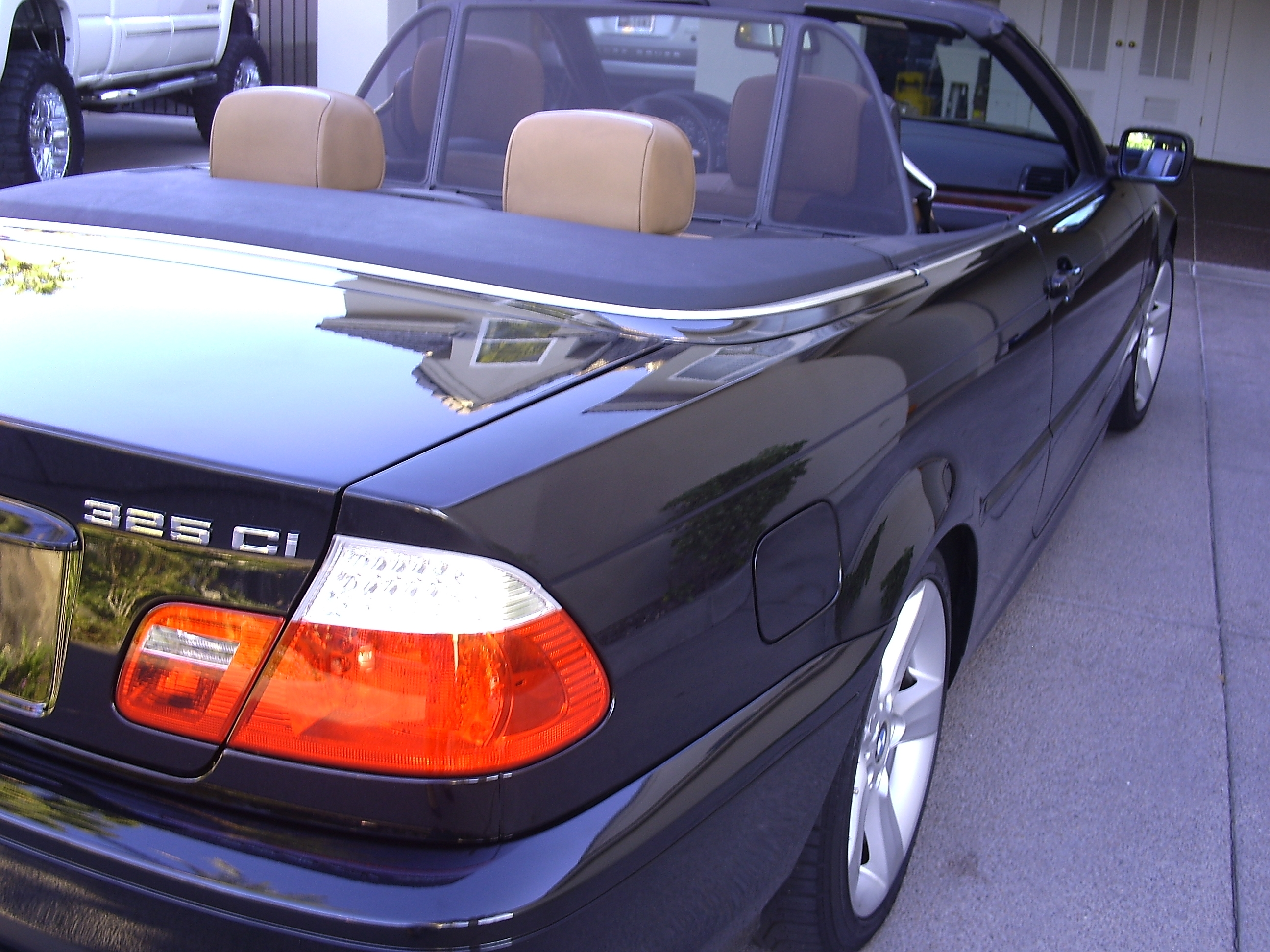 What is the kelley blue book value for a used 2005 for Mercedes benz blue book value